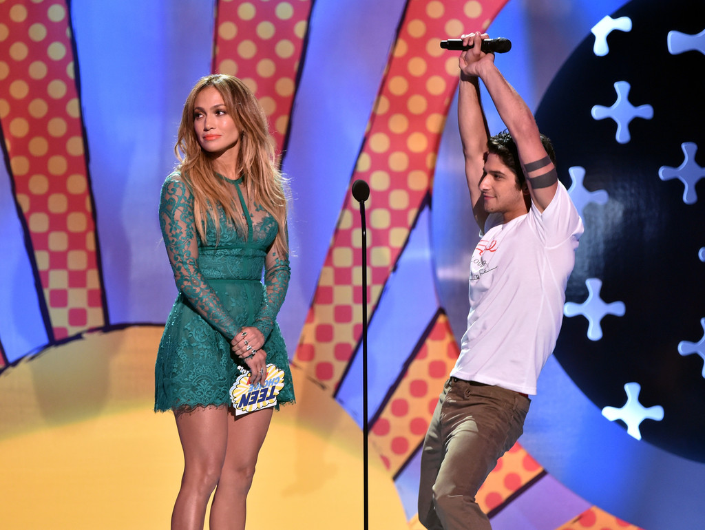 Jennifer Lopez and Tyler Posey 2014 Teen Choice Awards