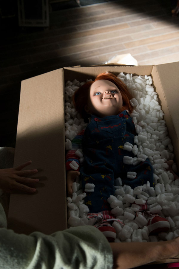 curse of chucky 2013 movie trailer pictures posters
