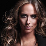 The Client List: Jennifer Love Hewitt – I'm a Woman Music Video