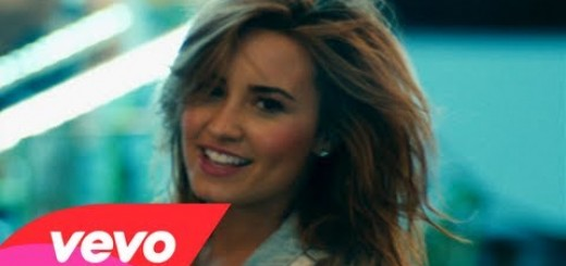 Video thumbnail for youtube video Demi Lovato in Talks to Join 'Glee' Season 5