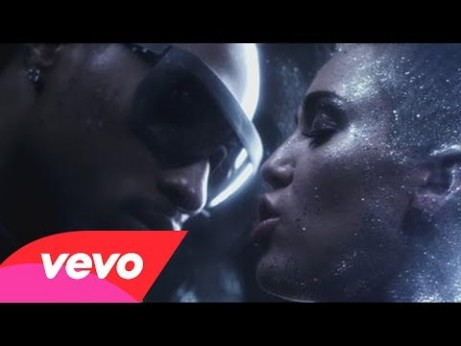 Future ft. Miley Cyrus – Real and True Music Video