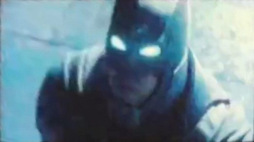 Batman v Superman Exclusive Teaser Trailer Screencaps!