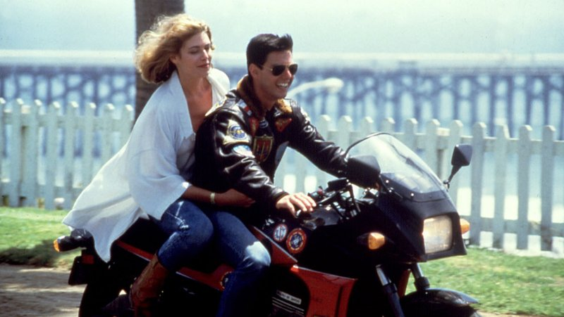 Top Gun 2 Locks Onto New Writer