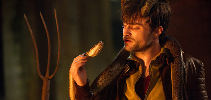 Daniel Radcliffe Shows His Dark Side in 'Horns' Trailer