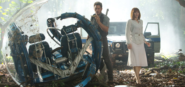 jurassic-world-super-bowl-spot