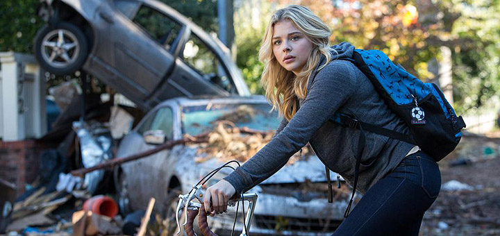 Chloe Grace Moretz Fights Aliens in The 5th Wave Trailer