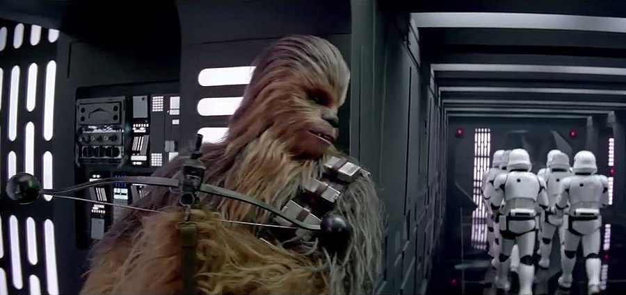 Star Wars: The Force Awakens Verizon TV Ad Featuring Chewbacca and BB-8