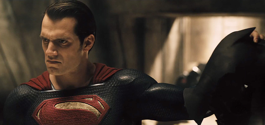 Batman v Superman Trailer 3 Sneak Peek