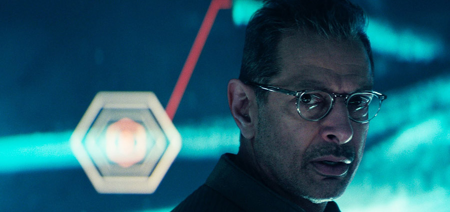 Independence Day: Resurgence Official Trailer - FilmGamesEtc