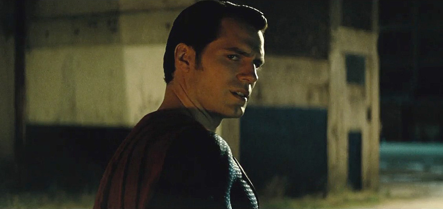 New Batman v Superman: Dawn of Justice Clip