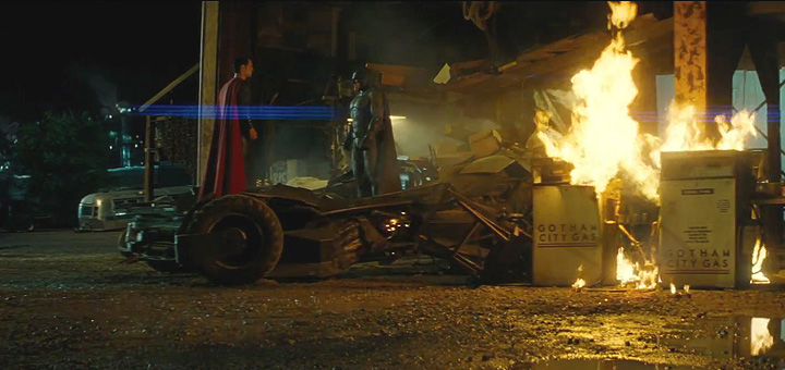Two TV Spots for Batman v Superman: Dawn of Justice