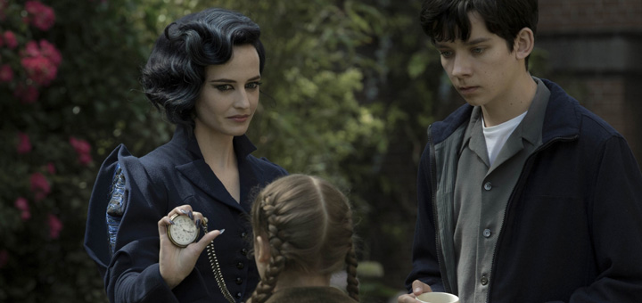 Trailer for Tim Burton's Miss Peregrine's Home for Peculiar Children