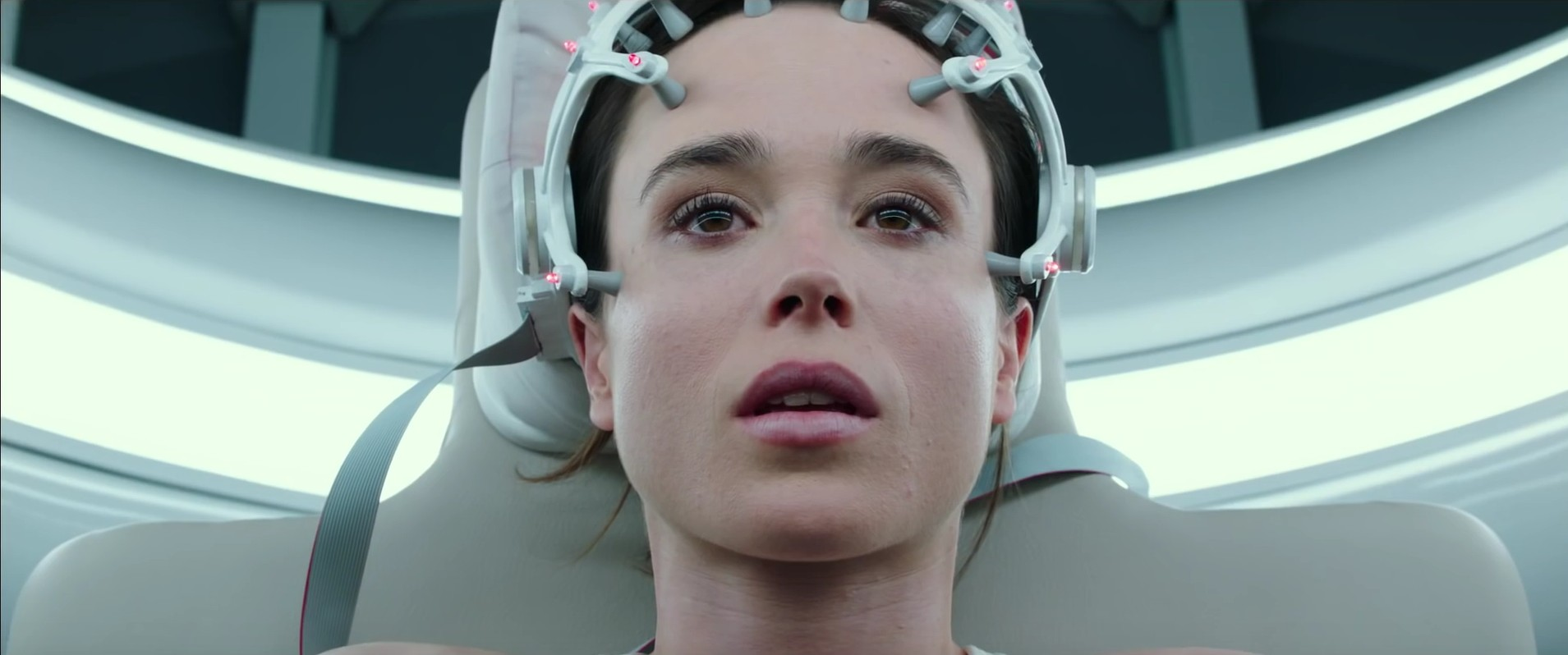 Flatliners Trailer: Ellen Page and Diego Luna Star in Horror Remake