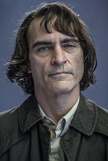 Joaquin phoenix dating 2019
